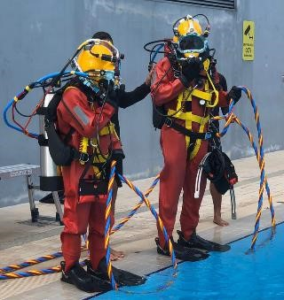 The Surface Supplied Diving Equipment (SSDE) allows DART divers to perform prolonged underwater search and rescue operations in deep waters.